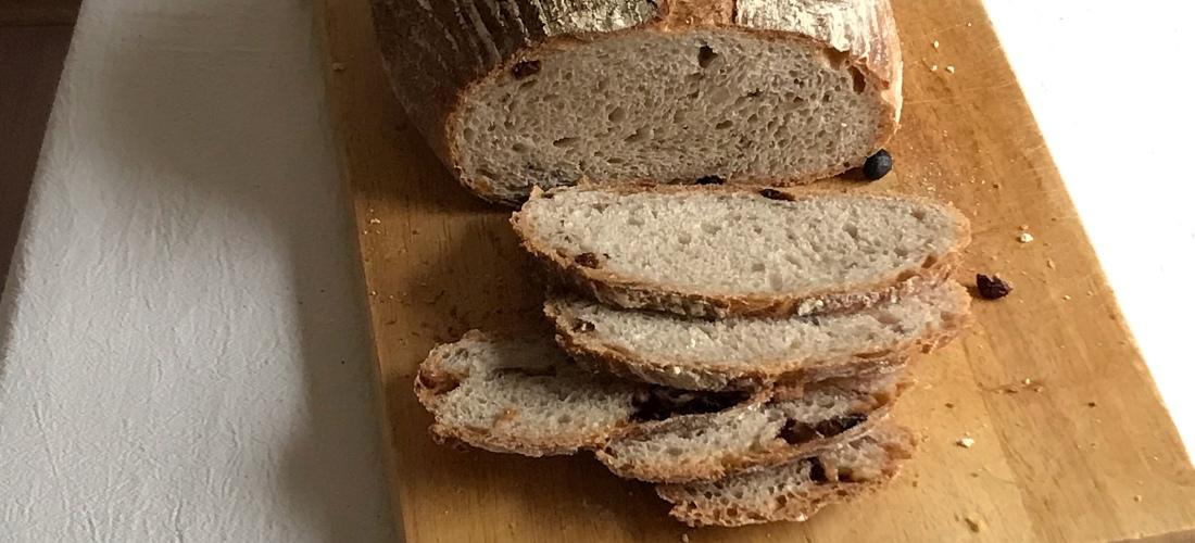 kovászos kenyér – Smuczer Hanna